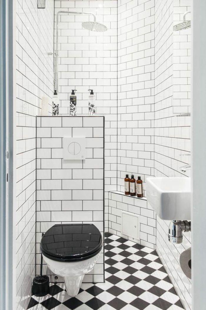 aménager une petite salle de bain, carrelage mural faïence blanche
