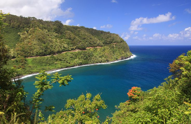 Road to Hana TOP 10 Maui Attractions - haven't been back to Hawaii in more than 20 years...missing it :(