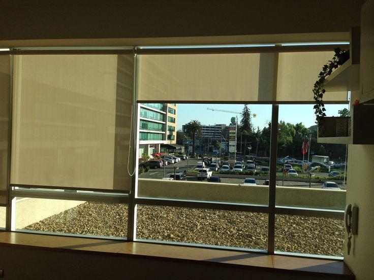 Oficinas, Centro La Dehesa, Chile.
