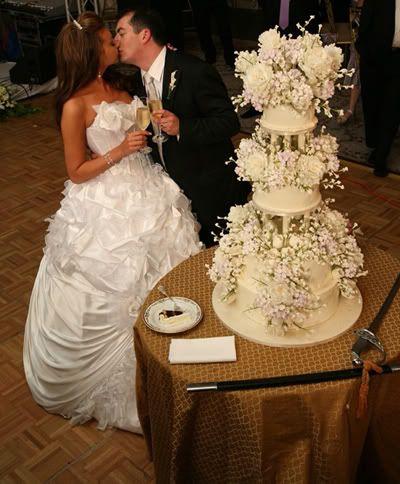 White Rose Weddings: Sylvia Weinstock Wedding Cakes