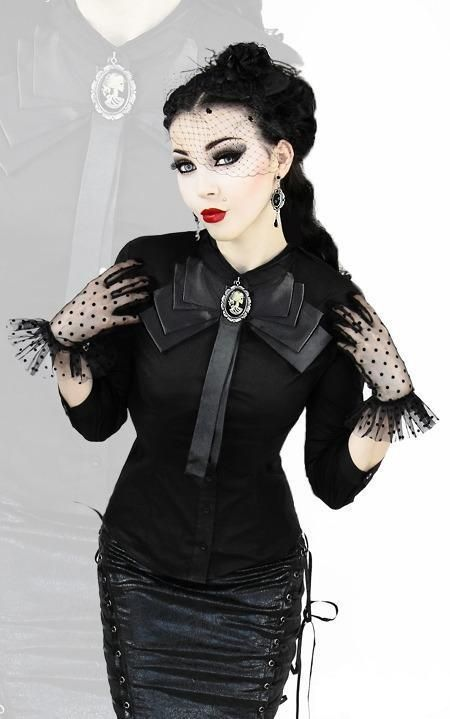 Love the shirt, love the gloves, just gorgeous