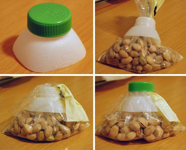 Пластиковые крышки от бутылок помогут надежно закрыть целлофановые пакеты