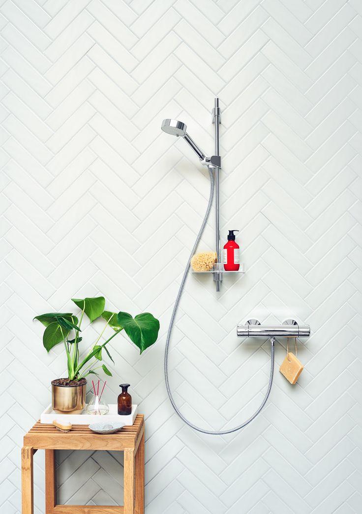 Oras Apollo shower set with Oras Nova thermostatic faucet