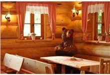 Dřevěná socha - Hladový medvěd