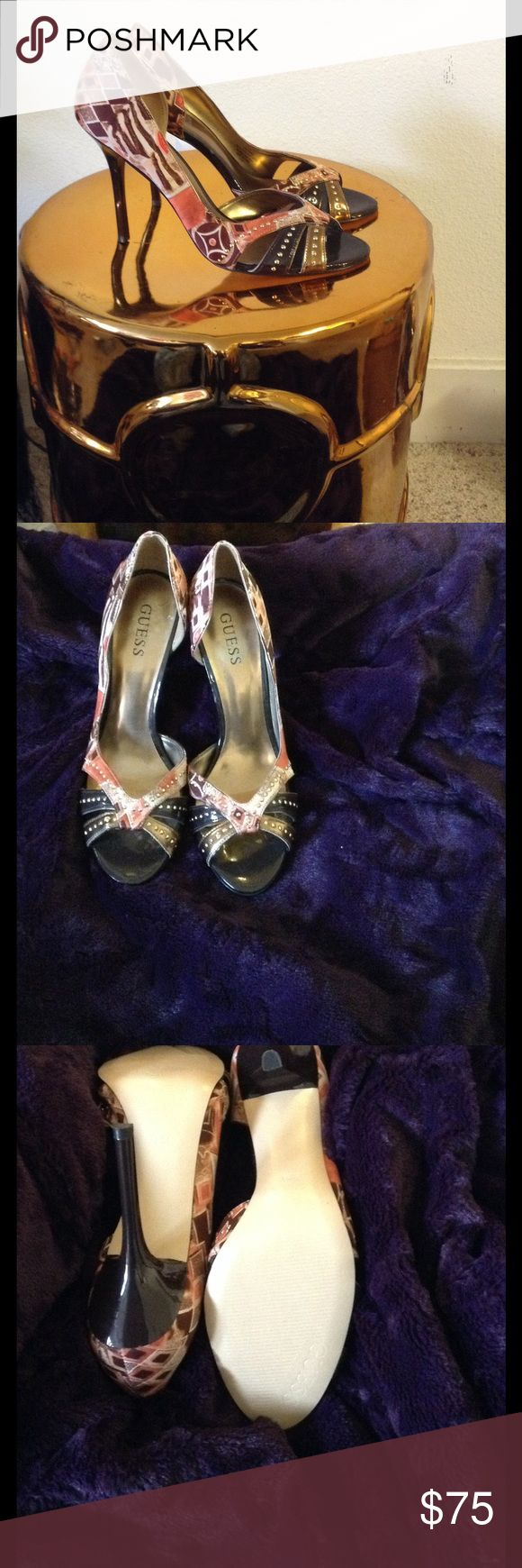 Guess patterned pumps Earthy-toned brown and bronze peep toe pump w/ patent leather and studded accents! Dress up or down! NEVER BEEN WORN! Guess Shoes Heels