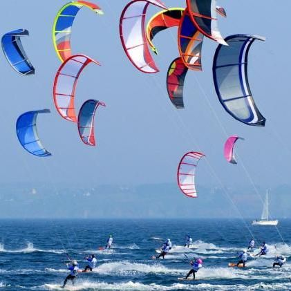 Hel : kitesurfing // Do you want to try kitesurfing on Hel? check http://eltours.com/tailor-made-customized-tours