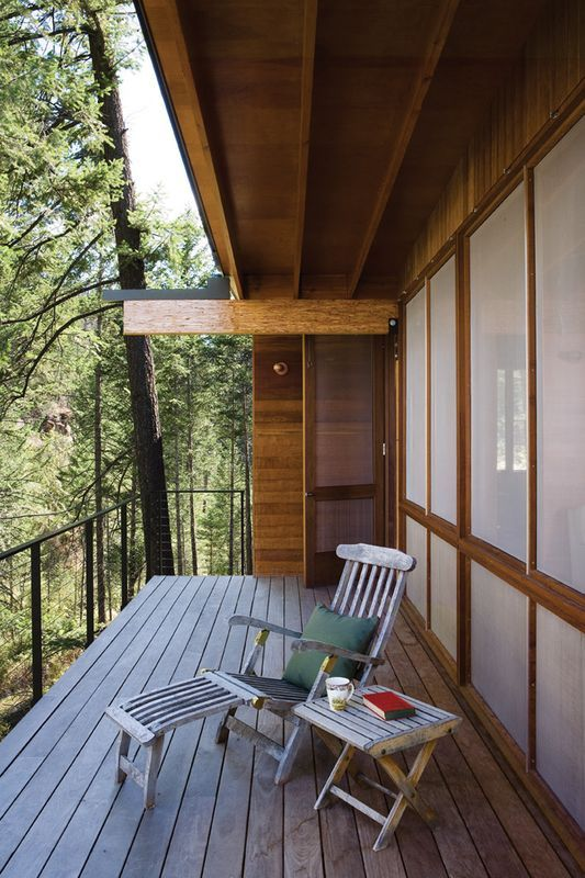 balcon terrasse bois - Cabin-Flathead-Lake par Anderson Wise Architects - Montana, USA