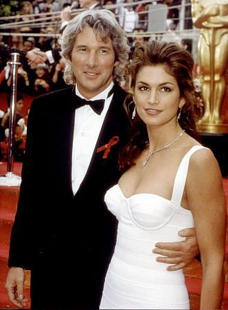 Richard Gere and Cindy Crawford                                                                                                                                                     Más
