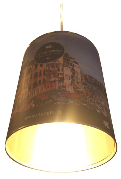 Lampada Barattolo Caffe - Manetti old    Lampen gemaakt van lege gebruikte koffieboon horecablikken.