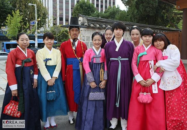 Hanbok - Korean traditional dress
