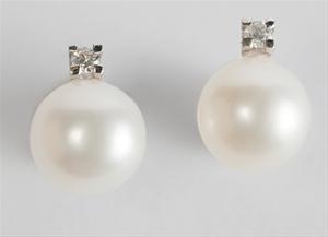 San Valentino: l'eleganza di due semplici perle…