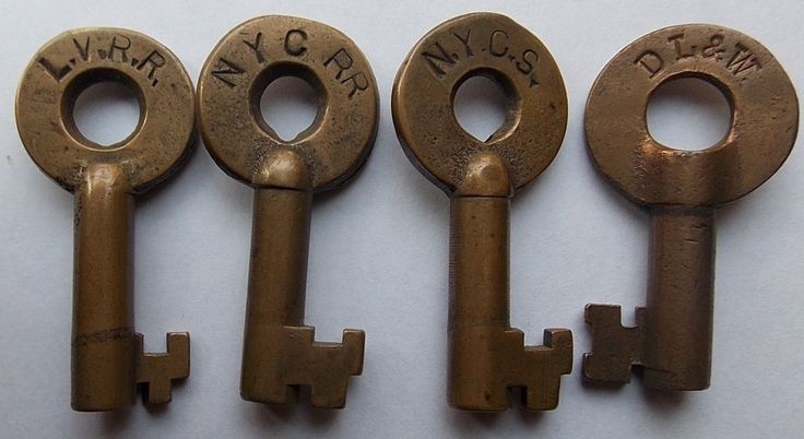 """Furniture Stores Lehigh Valley 1A group of 4 brass switch keys: (1) Lehigh Valley Railroad """"Cii674 ..."""