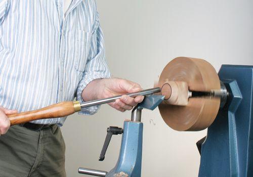 Turning Spoons - Woodturning Magazine - woodworkersinstitute.com;