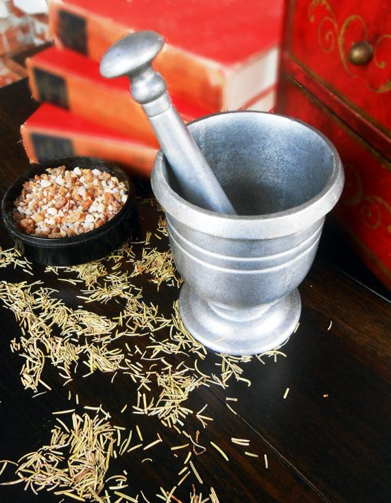 MORTAR AND PESTLE in pewter-color finish for grinding herbs and incense preparation