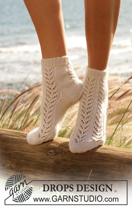 Knitted Ankle Socks Patterns Free : 44 best images about Sockalicious -25% on Pinterest Free pattern, Ankle soc...