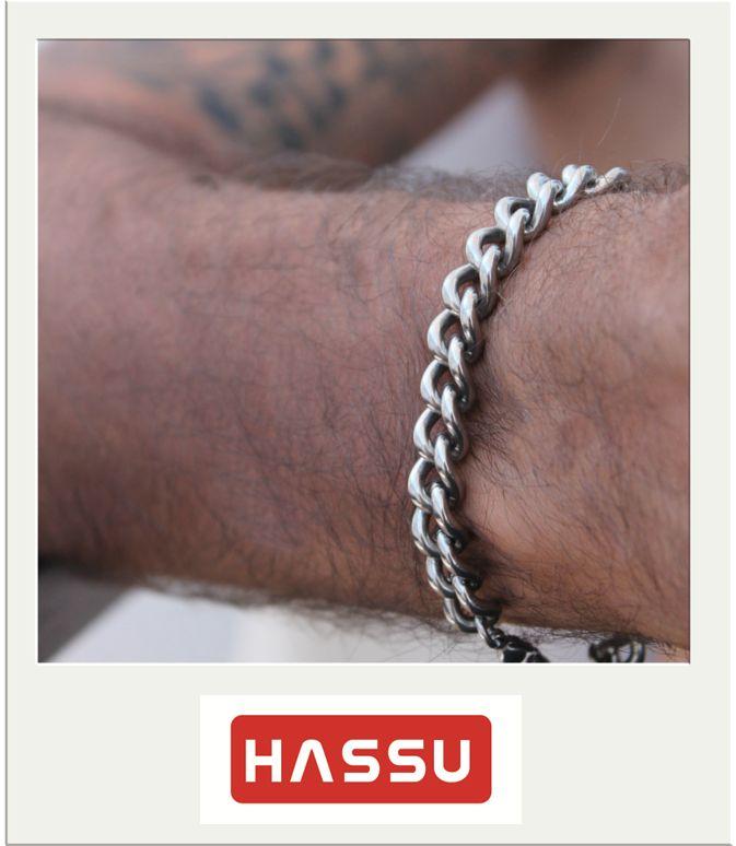"""Os miúdos giros usam HASSU!!! :)  Pulseira """" Fashion Foward"""" da HASSU http://ha.ssu.pt/?9e596f  Vive o Verão com a HASSU! ☼"""