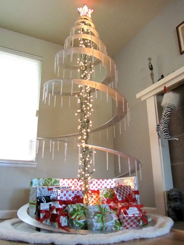 25 best ideas about spiral christmas tree on pinterest for Diy modern christmas decorations