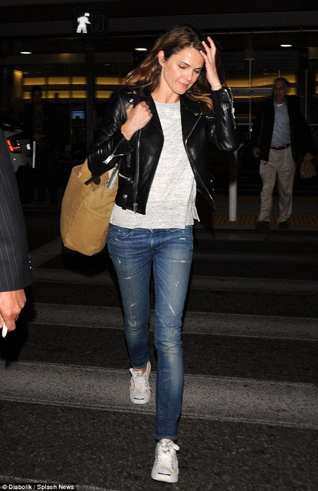 Keri Russell at airport.