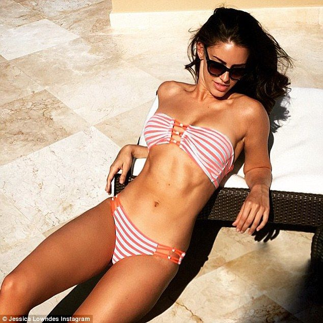 Jessica Lowndes Shares Incredible Beach Body Snaps From