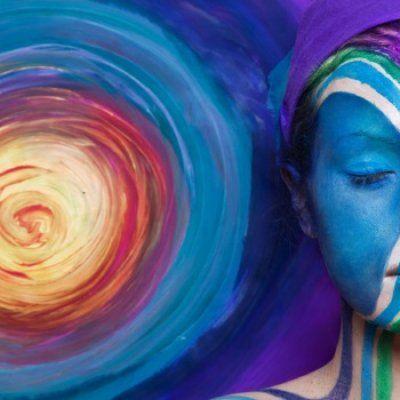 4 mantre puternice care te ajuta sa faci fata anxietatii si atacurilor de panica