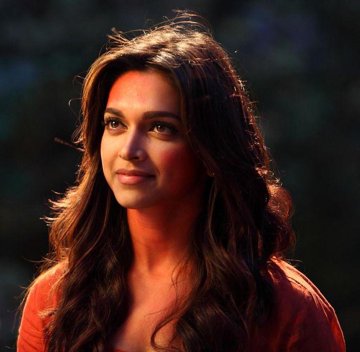 "#DeepikaPadukone <3 in ""Yeh Jawani Hai Deewani""."