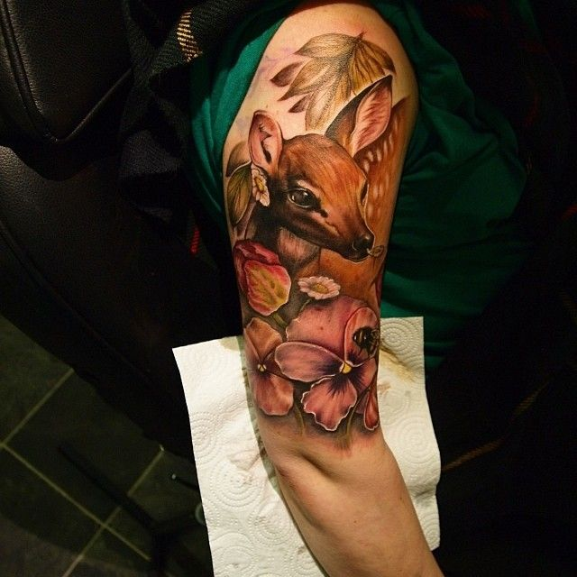 Absolutely stunning floral baby deer tattoo by@rosepriceorganicelement