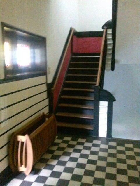 Trap en paraplubak schip van blaauw amsterdamse school architectuur nederland pinterest - Deco trap ...