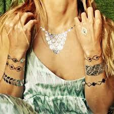 tatuajes brazaletes mujer en oro y plata - Buscar con Google