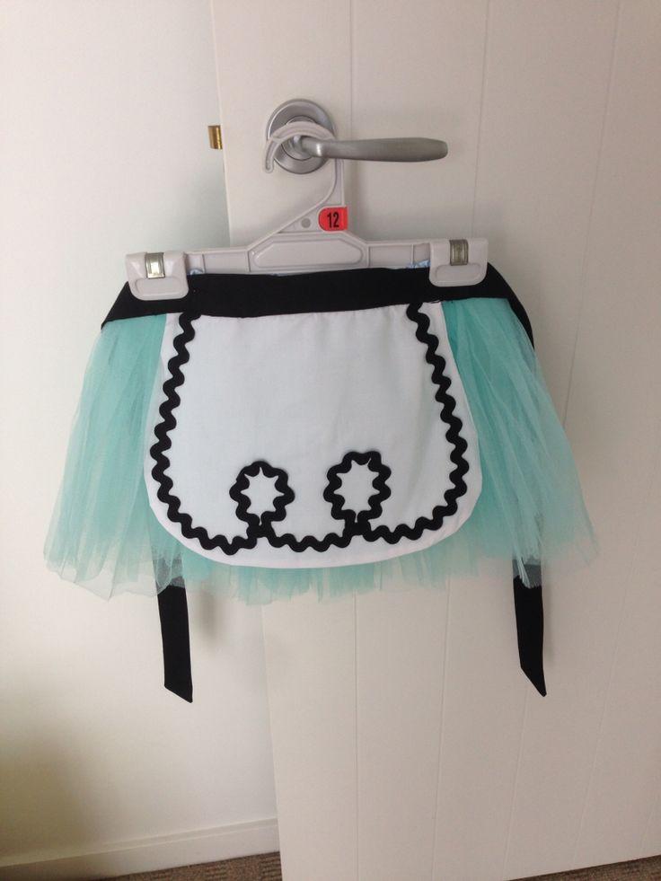 Alice in Wonderland apron for Emma's birthday