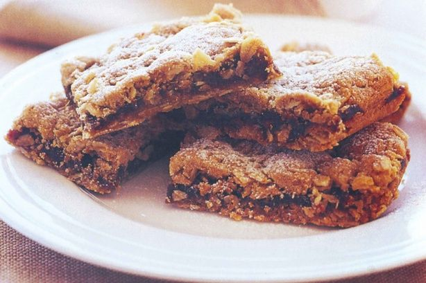 Date Crumble Slice - yum