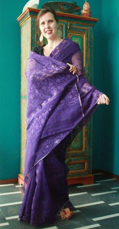 Sari Jamdani in mussola color viola e oro - Sari indiani e bengalesi - Diwali Store http://diwalistore.it/sari-indiani/sari-jamdani-viola.html