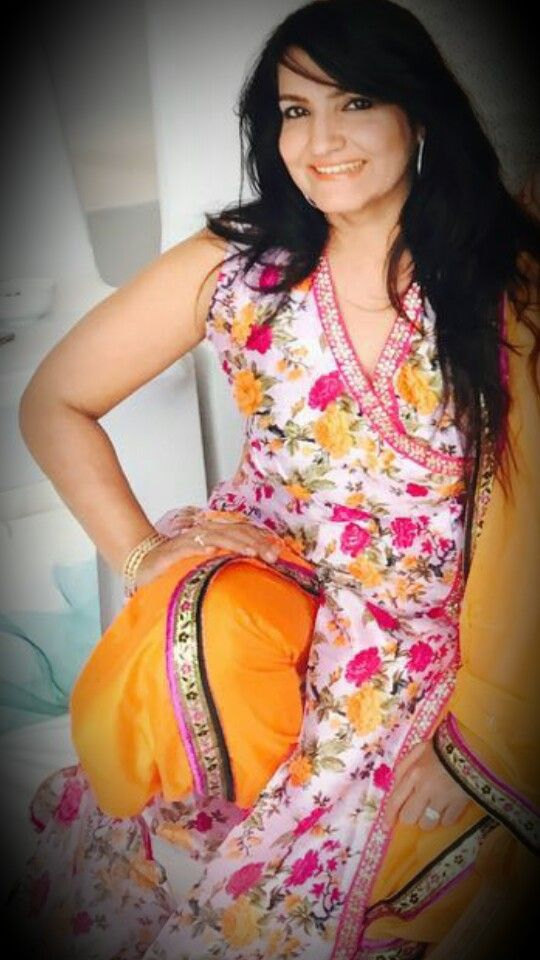 #orange#dhoti#flower$#net#dupatta#