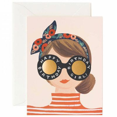 Commandez dès maintenant notre Carte Anniversaire - Birthday girl RIFLE PAPER CO. Dessins Anna Bond. Carte double et enveloppe. Joyeux anniversaire. Rifle Paper Co. Made in USA. Livraison soignée.