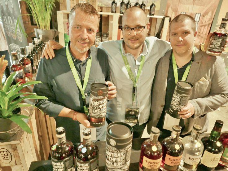 Es+lebe+die+Marine-Tradition:+Rum-Trinken+für+den+Kaiser