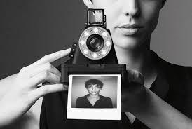 Impossible l-1 la fotocamera ispirata polaroid in versione hi-tech