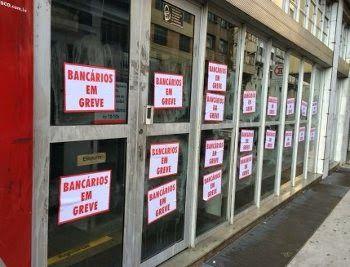 """""""sobre a greve dos bancários ES""""...""""Greve durou cinco dias""""... - md"""