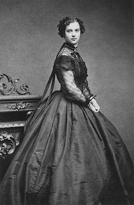 21-12-11  Tsaritsa Maria Feodorovna, c. 1866 The diaphanous partlet and sleeves add a dreamy touch to the evening dress worn by Dagmar in this 1866 photo.