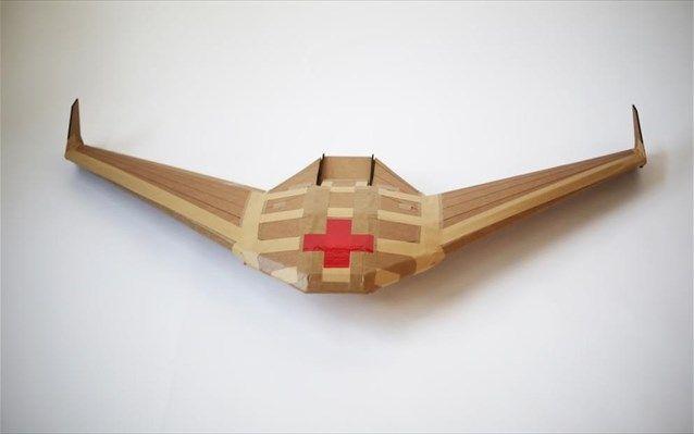 Αναλώσιμα drones από χαρτόνι για παραδόσεις δεμάτων