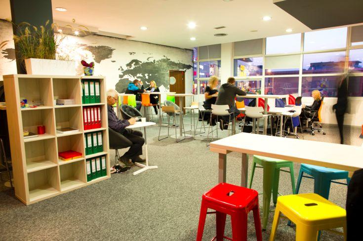 Szukasz biura w Radomiu? Dobrze trafiłeś. Sprawdź MULTIBIURO COWORKING RADOM na CoworkingPoland.pl - największa baza biur i coworkingu w Polsce,