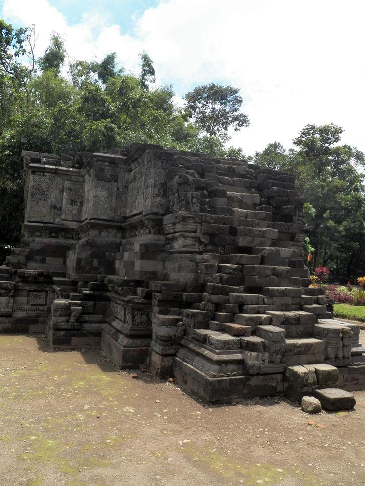 February 2012 || Candi Surowono, Kediri