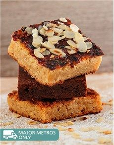 Confectionary Cakes and Cupcakes: A Box Of Yummies Brownies and Blondies Combo Box!