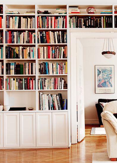 Platsbyggd bokhylla - klassisk eller sekelskifte – HOH