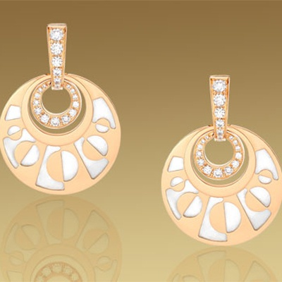 eden bulgari pendant earrings in 18 kt pink gold with mother of pearl and