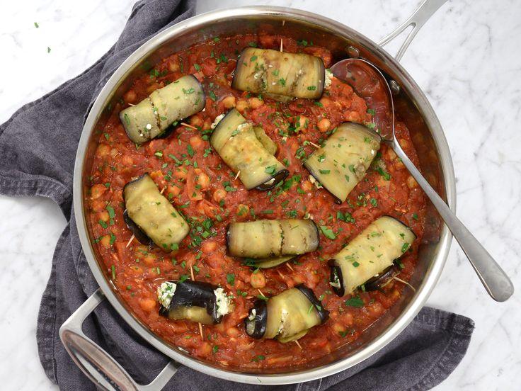 Auberginedolmar i tomatsås   Recept från Köket.se