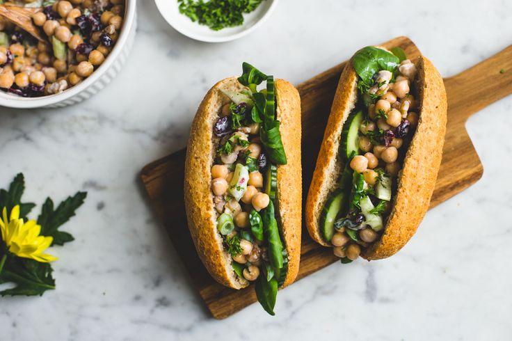 Broodjes met een frisse kikkererwtenvulling | De Groene Meisjes | Bloglovin'