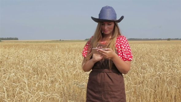 Woman Agronomist Harvesting, Agricultural Expert
