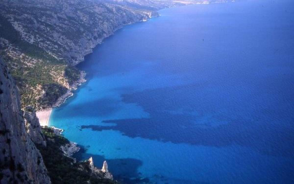 Do you really know the Blue? (Cala Sisine, Costa di Baunei)
