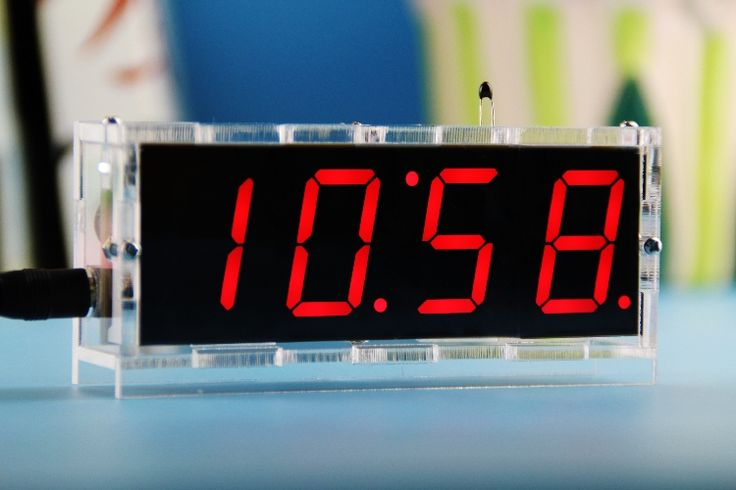 Телефона 5 В часы diy комплекты из светодиодов цифровые часы с четырьмя цветами дополнительно поделки часы комплект температуры время новые