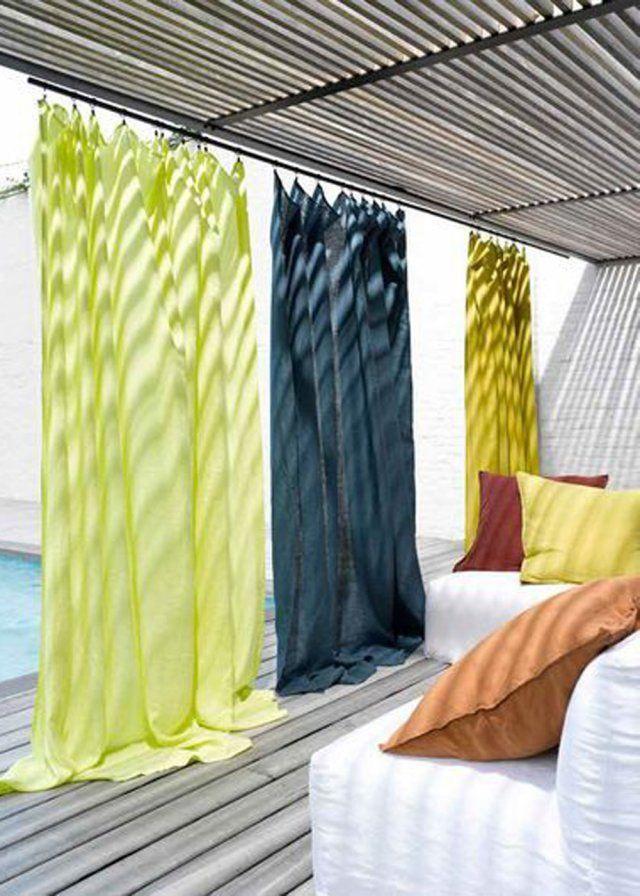 Un jardin aux couleurs acidulées avec des rideaux en lin la redoute AM-PM