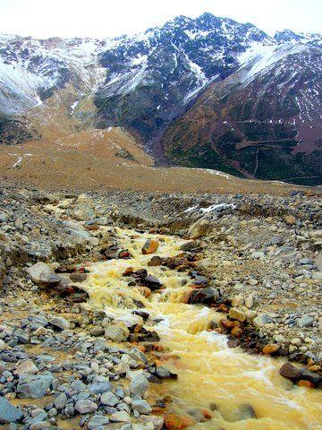 Cajón del Maipo superior, al oriente de Santiago, Chile.